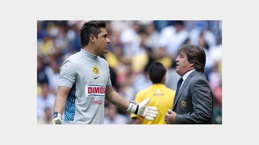 Herrera explica el motivo por el cual no eligió a Moisés Muñoz para el Mundial de Brasil 2014(Twitter)
