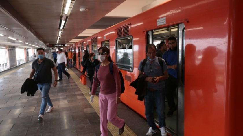 CDMX: Baja tiempo de espera en transporte en medio de la pandemia(Agencia Reforma)