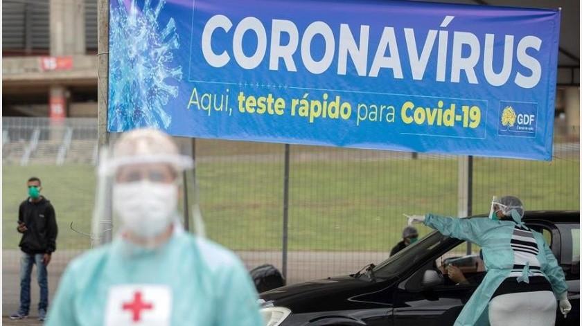 El canciller de Brasil, Ernesto Araújo, advirtió este miércoles sobre un supuesto plan global que estaría valiéndose de la pandemia del coronavirus para implementar el comunismo en el mundo(EFE)