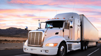 Autotransporte, fundamental para garantizar abasto: Coparmex