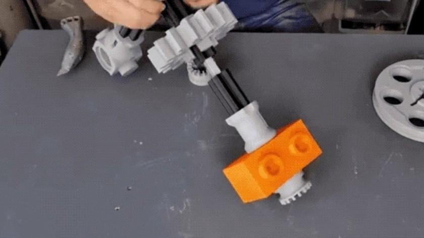 Ingeniero construye un kart gigante de Lego fabricando con piezas impresas en 3D(Matt Denton (YouTube))