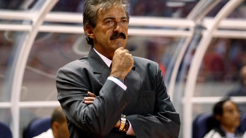 Ricardo La Volpe anuncia su retiro como entrenador.(Banco Digital)