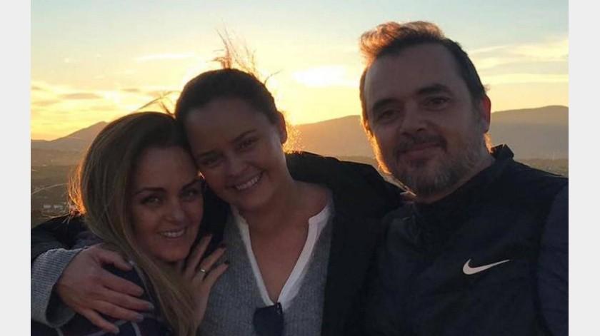 Hijo de Rocío Dúrcal regresa a casa recuperado del coronavirus.(Internet)