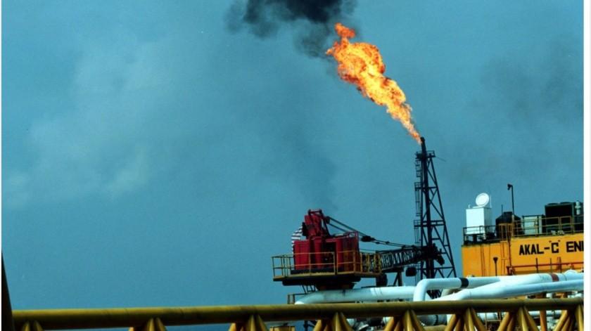 El precio del petróleo mexicano en los mercados internacionales cerró la jornada vendiéndose en 8.54 dólares el barril.(Archivo GH)