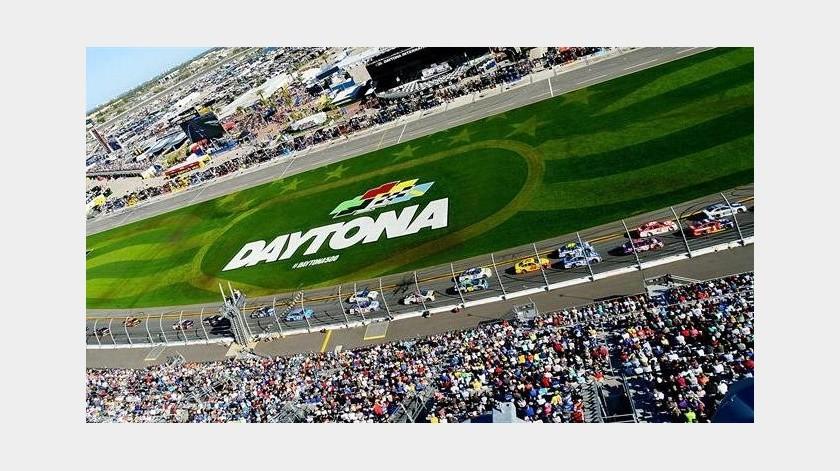 Se está considerando celebrar carrera de NASCAR en Charlotte(EFE)