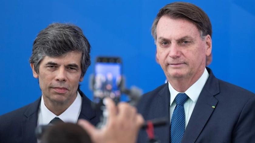 Bolsonaro destituye al jefe de Policía y aumenta tensión política(EFE)