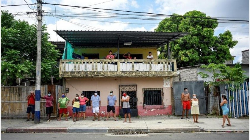"""El Gobierno de Ecuador ratificó este viernes que el próximo 4 de mayo pasará """"del aislamiento al distanciamiento"""" social, en la estrategia contra el COVID-19,(EFE)"""