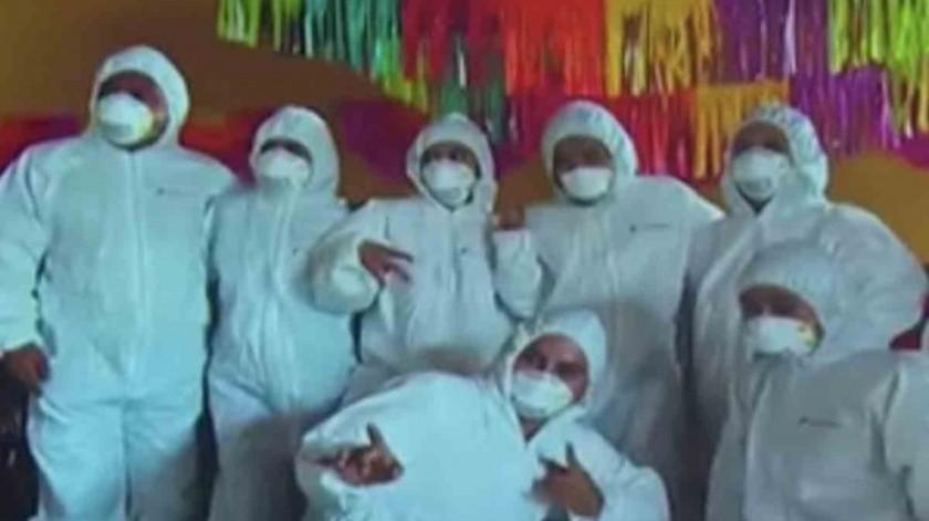 Hacen fiesta en plena pandemia, usan equipo médico(Tomada de la red)