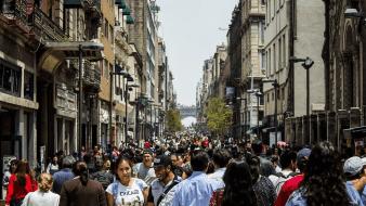 ¿Quiénes forman el 30% de la cima de ingresos en México?