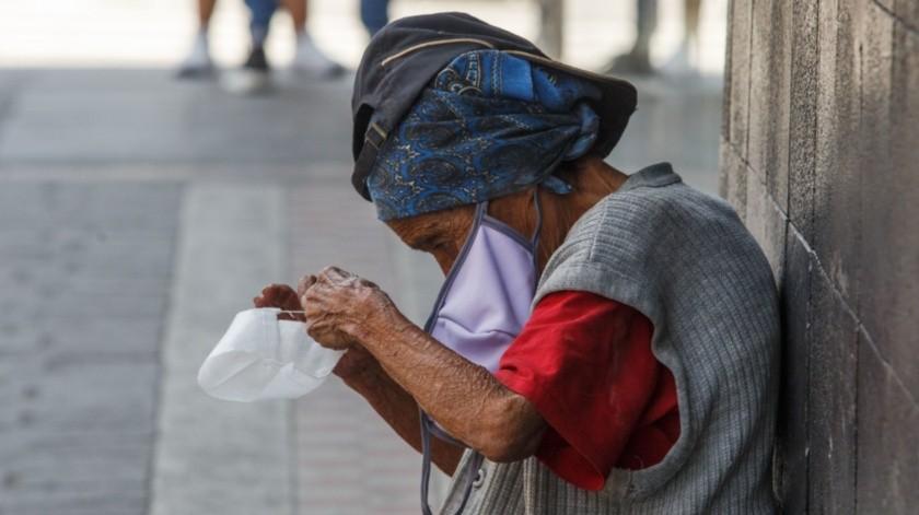 Guerrero señaló que lo ideal es tener cubrebocas reutilizables y deben lavarse inmediatamente después de ser usados.(Agencia Reforma)