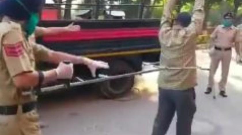 Utilizan medidas extremas en India a quien no cumpla con el confinamiento(Tomada de la red)