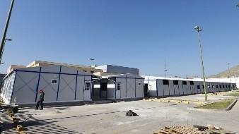 A un costado de la Clínica Uno del IMSS se instala el hospital que atenderá a pacientes no graves.