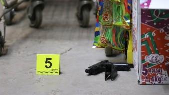 Intentan asaltar dulcería en Hermosillo; dueño  los enfrenta a golpes