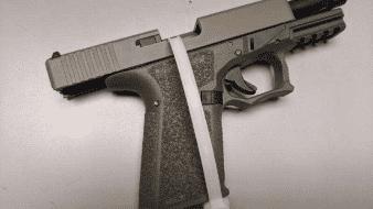 Traficante de personas es detenido con arma en Imperial