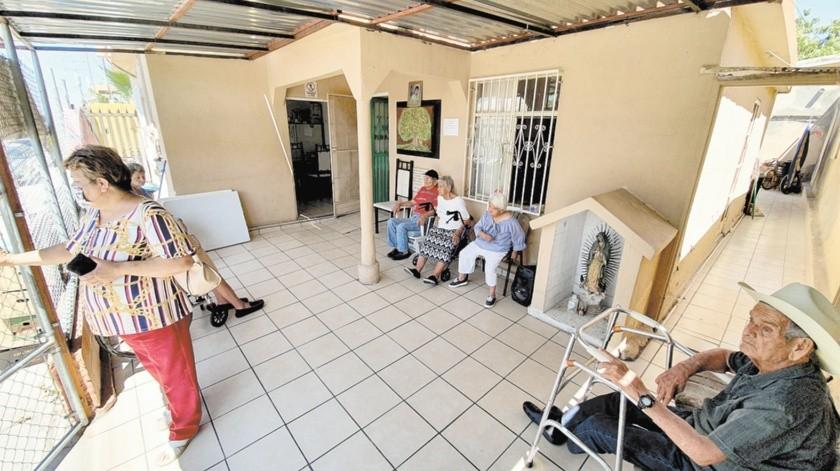 La Casa Hogar Socorro de Alicia A.C., que se ubica en Plan de Agua Prieta #149, entre Olivares y Simón Bley, de la colonia Ley 57 requiere de artículos de limpieza.(Julián Ortega)