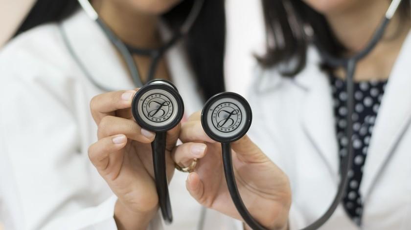 Propone diputado del PAN aumentar un 50% al salario a personal médico de Edomex(Ilustrativa/Pixabay)