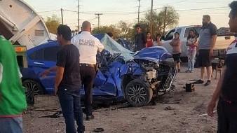 Muere joven automovilista en choque