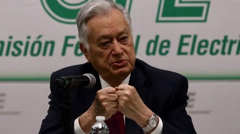 Bartlett: Publican sanción a empresa de su hijo por venta de ventiladores a Hidalgo(Agencia Reforma)
