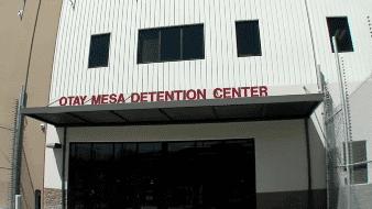 Muere por Covid-19 en San Diego migrante detenido