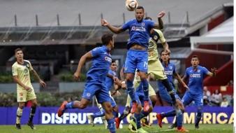Senadora aficionada al Cruz Azul quiere darle el título del Clausura 2020 al equipo