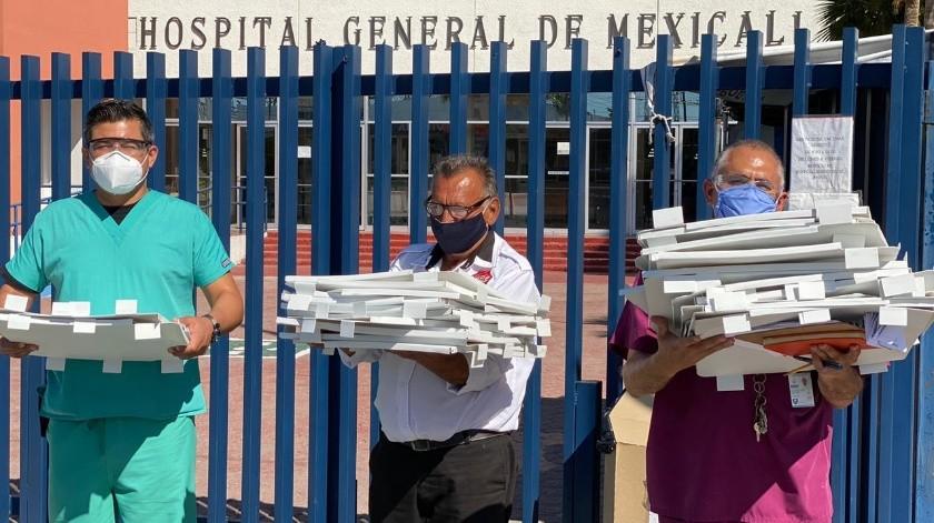Cimarrones donan 20 cámaras de intubación al Hospital General de Mexicali(Cortesía)