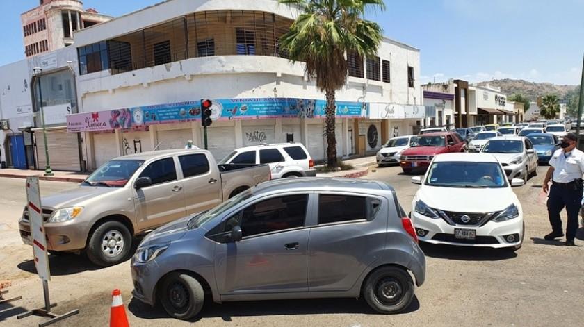 Sólo el lunes de esta semana Tránsito Municipal registró un aforo de 70 mil vehículos en las calles.(Gamaliel González)