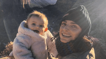 Famosas festejan ser mamás