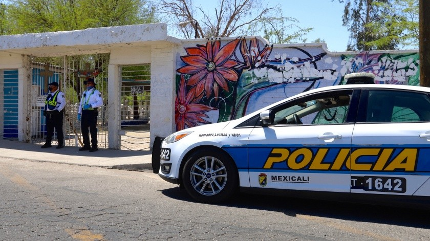 Se mantienen vacíos panteones en Mexicali(Javier Gallegos)