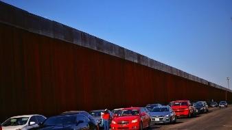 Registran largas filas en cruce fronterizo