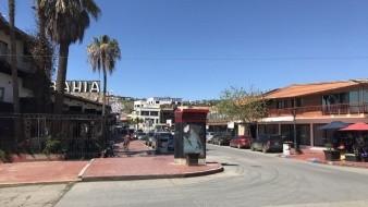 Sin fecha de reapertura comercios en Ensenada.
