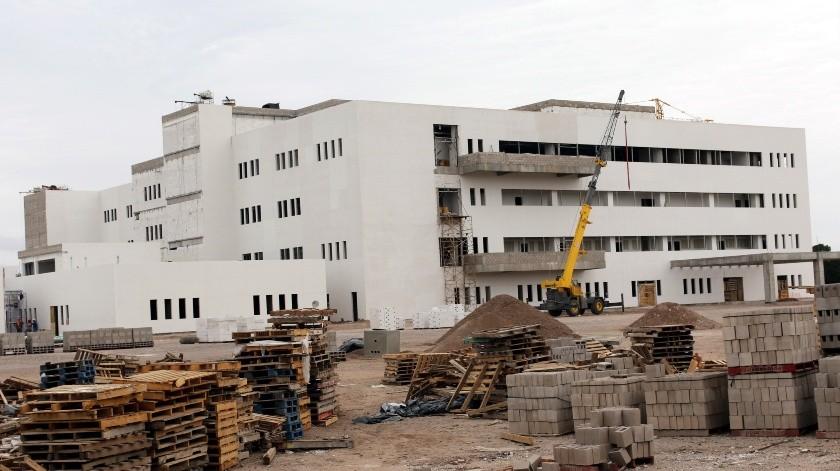 Construcción de nuevo Hospital General continúa con medidas preventivas ante Covid-19(Gamaliel González)