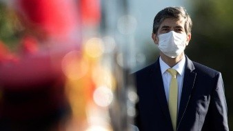 Ministro de Salud en Brasil renuncia por