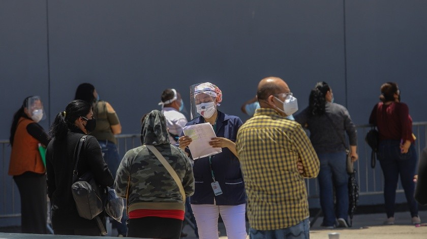 Un día común en el hospital regional número 1 del IMSS durante la pandemia de Covid-1(Gustavo Suárez)
