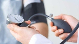 Hipertensosenfrentan más riesgos de tener complicaciones por SARS-CoV-2