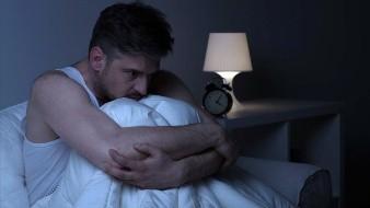 La ansiedad es un trastorno también conocido como miedo o nerviosismo que puede desencadenar dolores en el pecho y pesadillas.
