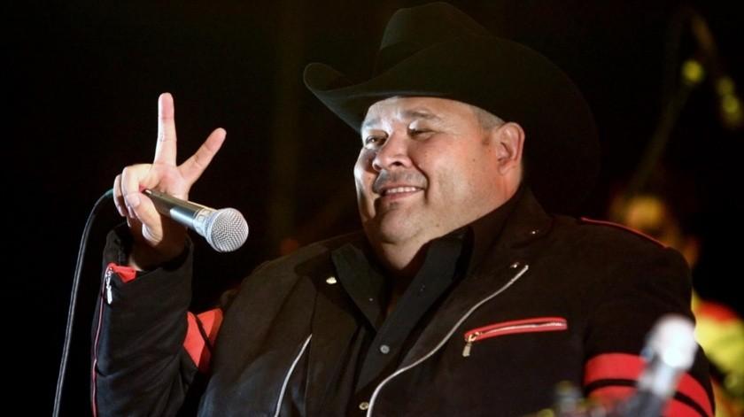 """""""El Coyote"""" defiende Natanael Cano.(Internet)"""