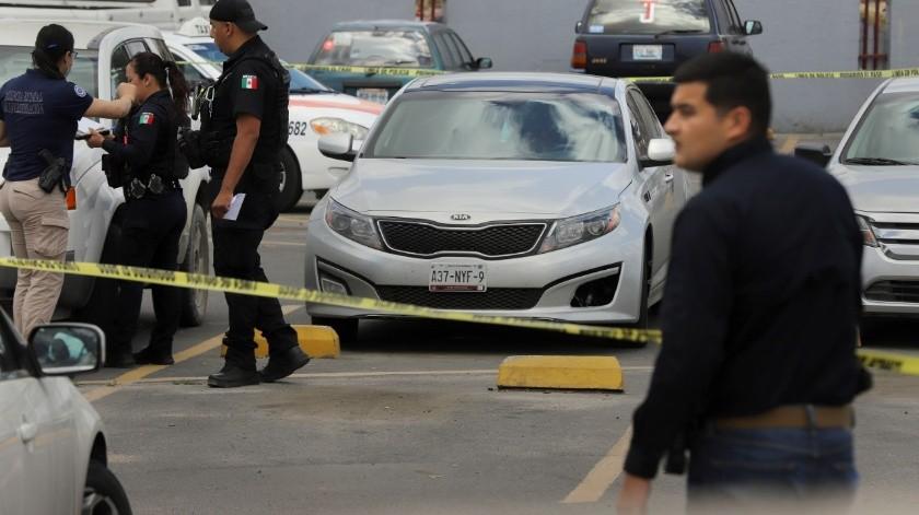 En pleno estacionamiento; no hay detenidos.(Sergio Ortiz)