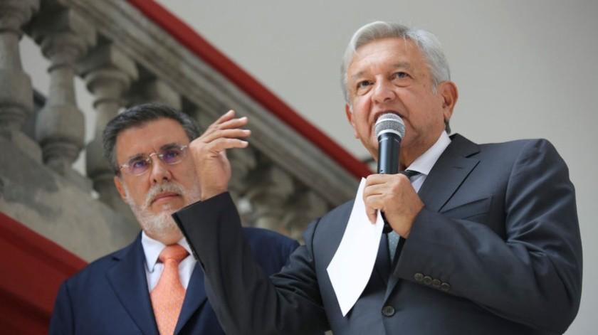 """""""AMLO está bien de salud; no se ha hecho prueba de Covid-19"""": Julio Scherer(amlo.org.mx)"""