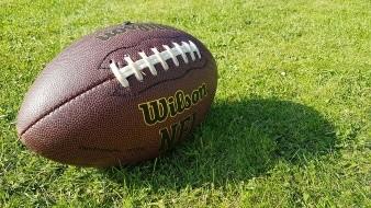 Tras sufrir acoso y agresión sexual durante un vuelo, jugador de la NFL demanda a areolínea