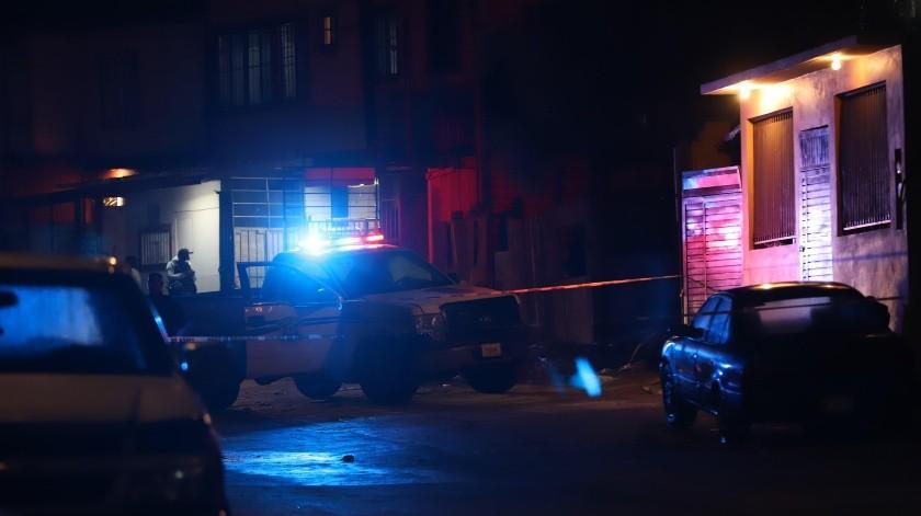 Al arribo de los policías municipales, ambas víctimas se encontraban en el interior de un domicilio utilizado como taller de lavadoras.(Sergio Ortiz)