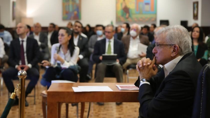 AMLO evalúa acciones para enfrentar Covid-19 junto a su gabinete(Twitter @lopezobrador_)