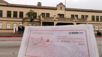 Los participantes deberán concursar con pseudónimo y enviar tres ejemplares de un poemario inédito en español, estilo y formas libres, en computadora, con extensión mínima de 50 y máxima de 100 cuartillas.