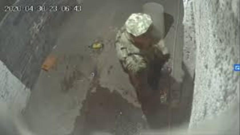 Cesa Guardia Nacional a elementos captados pidiendo soborno en video(Captura de video)