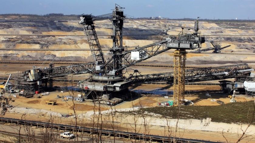 Abrir con 30% de la planta laboral, coincidieron, facilitará la vigilancia de las medidas sanitarias, por parte de las empresas y del sindicato minero, resaltó Gómez Urrutia.