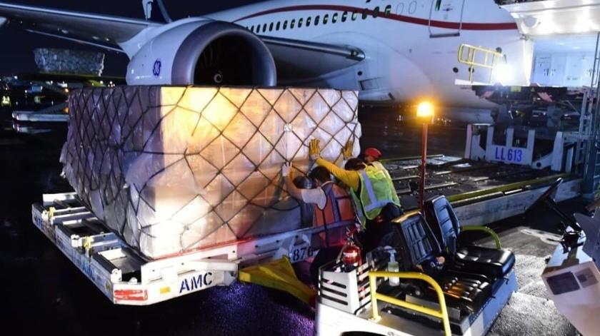 Llega a México vuelo número 12 con 80 ventiladores adquiridos a China(Twitter @m_ebrard)