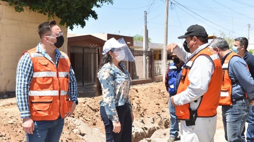 Supervisa Célida López pavimentación en la colonia Progresista
