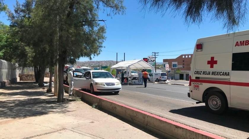 Una mujer de 32 años con síntomas de posible contagio de Covid-19 fue detectada en un filtro sanitario en Nogales.(Manuel Jiménez)