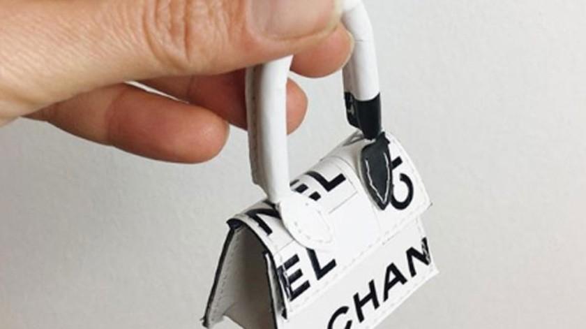 Existe una nueva versión de la mini vanity bag de Chanel.(Cortesía Instagram)