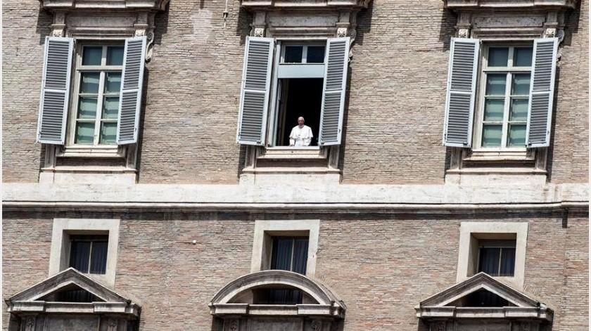 """El papa Francisco anunció hoy la celebración de un """"año especial"""" para reflexionar sobre la necesidad de preservar el medioambiente(EFE)"""