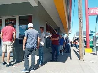"""Se vende cerveza como """"pan caliente"""" en Ciudad Obregón"""